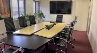300m² Office To Rent in Hillcrest.